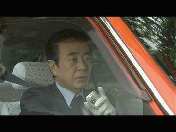 運転手さんが、ちょっと怪訝そうな表情をしました