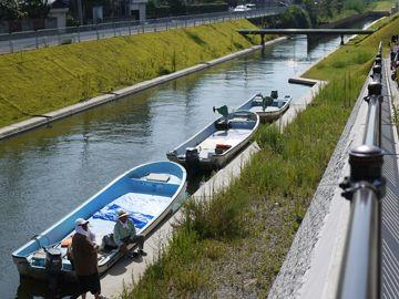 用水路みたいな通船川