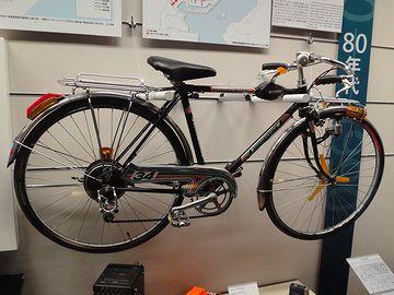 セミドロップハンドルの自転車