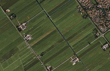 オランダの干拓地を、そう云うらしいです