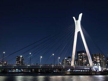 中央大橋ライトアップ