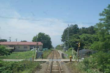 『陸奥横浜』方向から見た『有畑駅』。8月です。