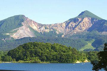 『青沼』は、磐梯山の噴火でできたわけ