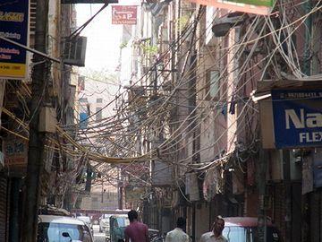 """これはインドです。こういうのを""""整備""""と云うのだろうか……。"""