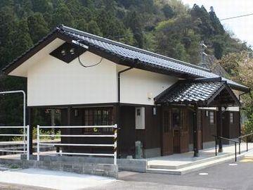 夜明駅・新駅舎