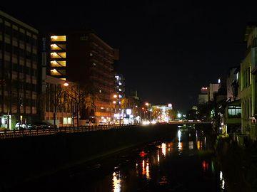 秋田の夜に乾杯