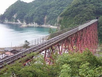 前の橋を懐かしむ人もいるでしょうが