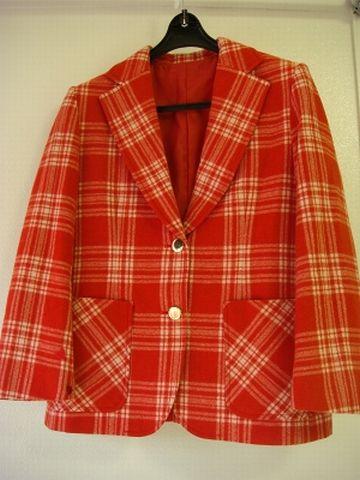 信じ難い色合いのジャケット