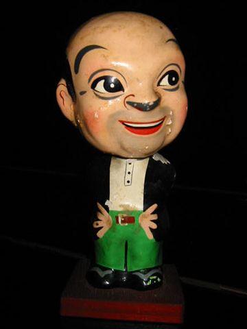 デン助人形