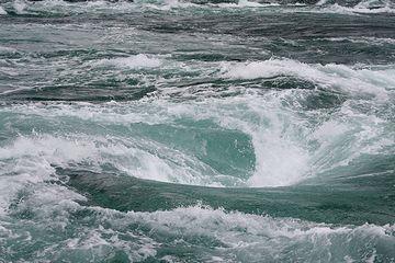 """渦巻き模様が鳴門の渦潮に見立てられ、""""ナルト""""と呼ばれることになったとか"""