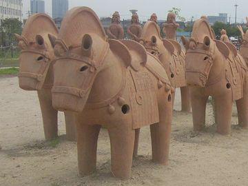 埴輪の馬。これでも古墳時代ですね。