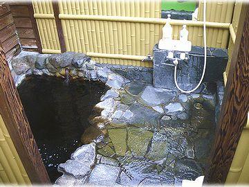 すべてのコテージに、個室露天風呂が備わってます