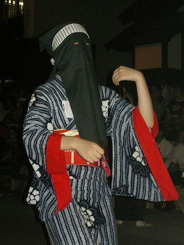彦三頭巾を子供が見たら、心の奥まで食い込む
