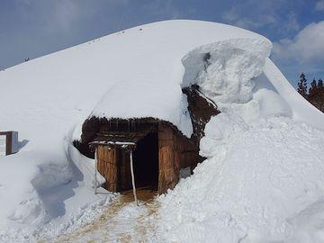 冬はこうなります。この中で火を焚いたら、一酸化炭素中毒になるんじゃないでしょうか?