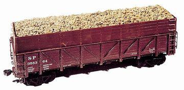 ハタハタ漁の最盛期には、貨車いっぱいに積まれて出荷されたそうです