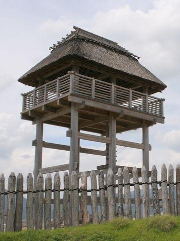 『吉野ヶ里遺跡(佐賀県)』で復元された物見櫓