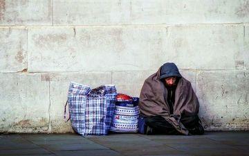 ホームレスという生き方は、決して楽なものではないはず