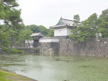 皇居の桔梗門