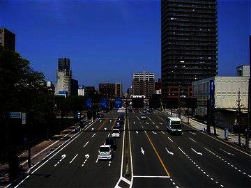 秋田・見覚えのある大通り