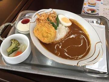 カレーライスは、1,026円(税込)