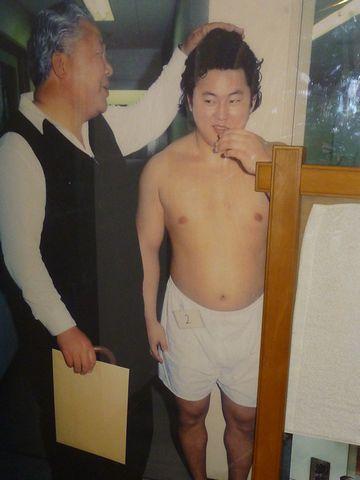 新弟子検査の写真は展示されてます。バレバレだったようですね。