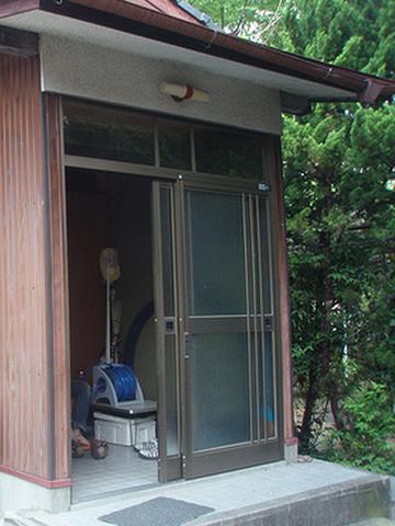 「貸別荘 とくなが荘」旧館玄関
