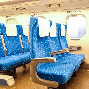 左の3列席