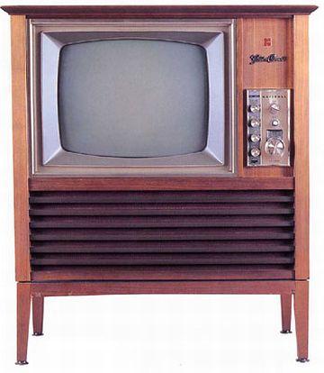 「家具調」テレビ