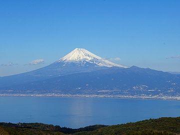 西伊豆から眺める富士山