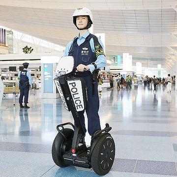 羽田空港の警備に、セグウェイ登場