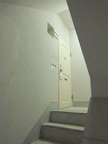 上階に侵入しました