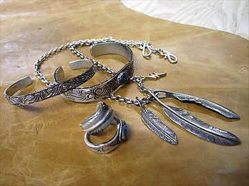 銀製品は、特に変色しやすい