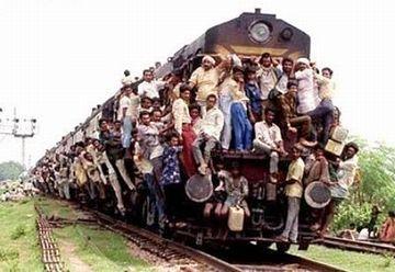 インドの満員列車