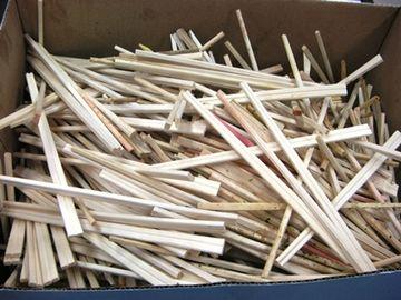 割り箸を使いまわす気?