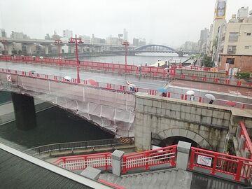雨の吾妻橋