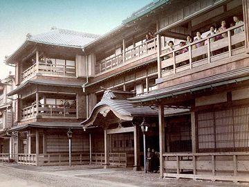 江戸時代の吉原は、いつ行っても新築同然だったはず