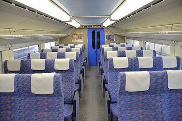 『Maxとき』の2階自由席は、両側3列です