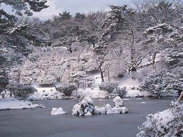 千秋公園・冬は、雪
