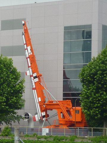 ラムダロケット用ランチャー(発射台)