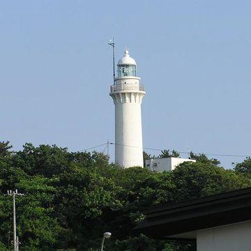 舮作崎(へなしざき)灯台です