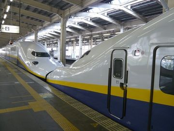 わたしの乗る新幹線は、新潟行きの『とき』と、越後湯沢止まりの『たにがわ』が、連結された車両だったのです