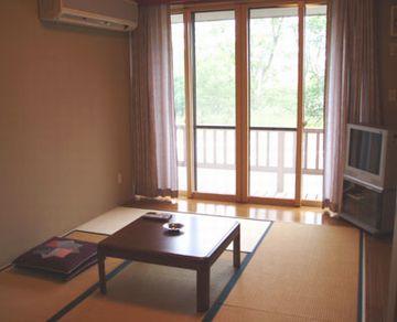 こちらには、2名用の和室もあります