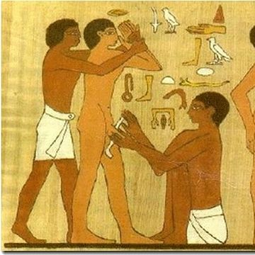 割礼を描いた絵だそうです(サッカラ遺跡/エジプト)