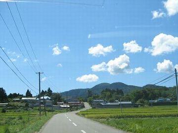 男鹿半島の山道