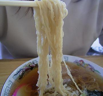 十文字中華そば・極細の縮れ麺