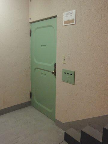 扉のアップです