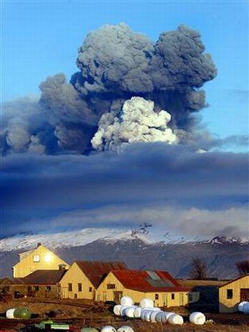 アイスランド・噴火
