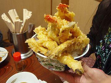 「伊勢芳」さんの天丼