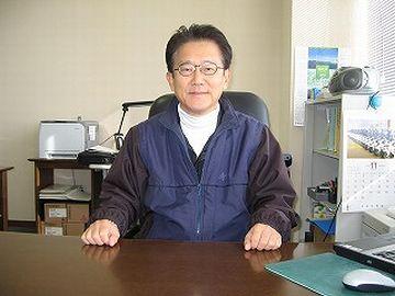 町長在任は、7期26年。合併を見届けて退任。2008年死去。