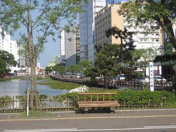千秋公園前・広小路